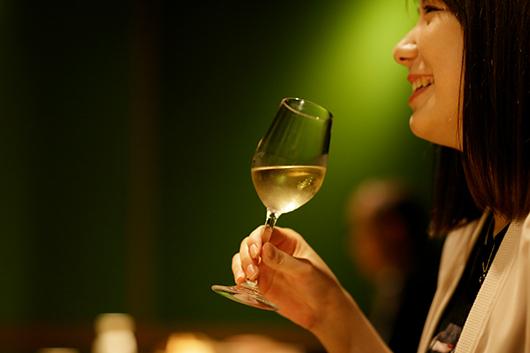 国産ワインと「高志の紅蟹」をたっぷり味わうプラン