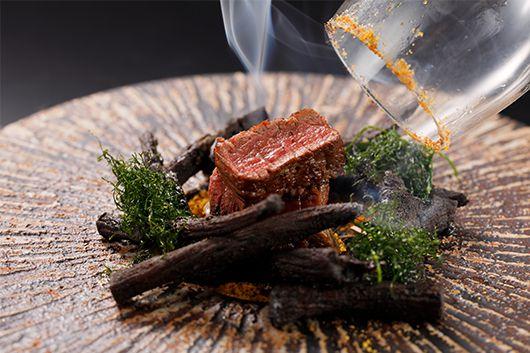 山菜や川魚・いのししの肉など山の幸を炉端で堪能するゆっくり寛ぎ宴会プラン