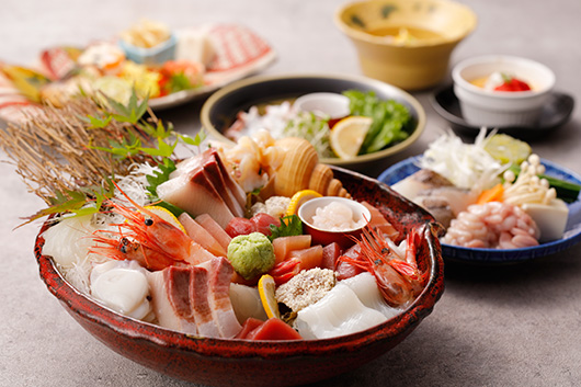 春の王様ぶりを堪能 鍋を囲んであったか宴会!旬の魚を堪能コース